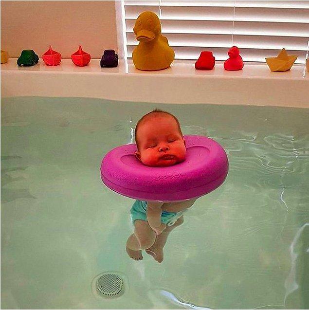 8. Avustralya'da bebekler için spa yapmışlar. Fotolara bakın nasıl mutlular ya.