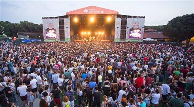 7. Zeytinli Rock Festivali