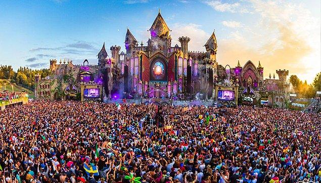 11. Tomorrowland