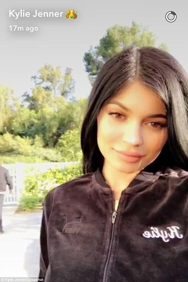 En son ayrılıkları Mayıs 2016'da yaşanmıştı ve Tyga barışma hediyesi olarak Kylie'ye doğum gününde 200.000 dolarlık bir Maybach araba almıştı.
