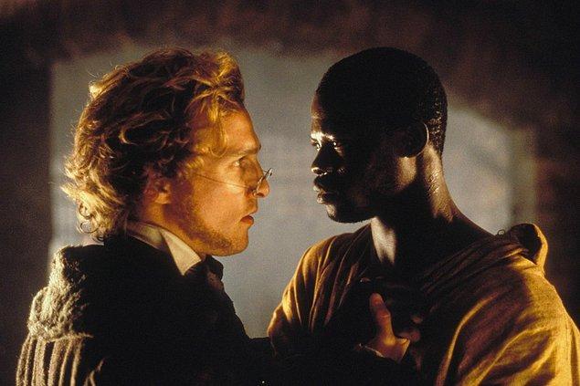 15. Amistad filmindeki köle rolü ilk olarak Denzel Washington ve Cuba Gooding, Jr.'a teklif edildi.