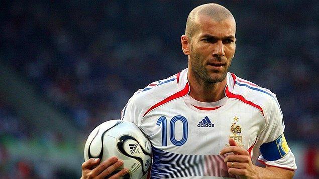 25. Zinedine Zidane / Fransa