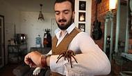 Korkusunu Yenmek için Evini Vahşi Hayvanlarla Dolduran Adam