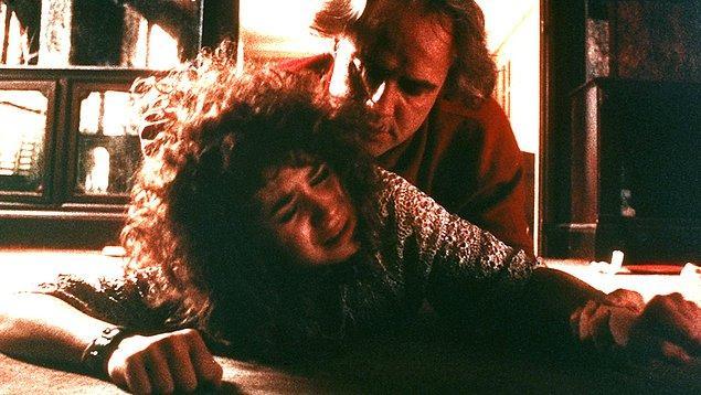 Bu sahne çekilirken başrol oyuncularından Marlon Brando 48, Maria Schneider ise daha 19 yaşındaydı.