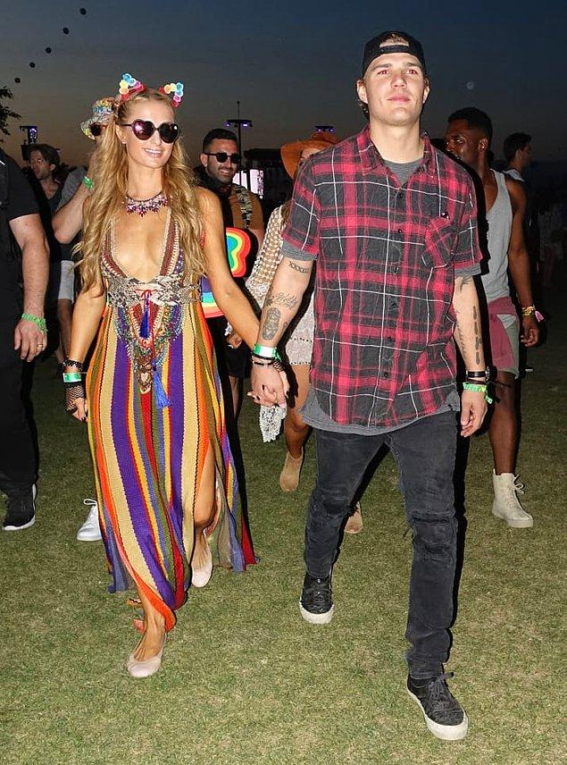 12. Paris Hilton ve Chris Zylka