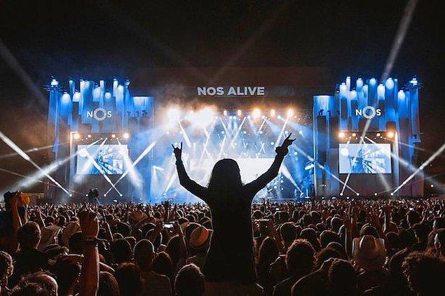 10. Enerjisiyle deneyimsizliğini kapatan festival: Nos Alive / Portekiz