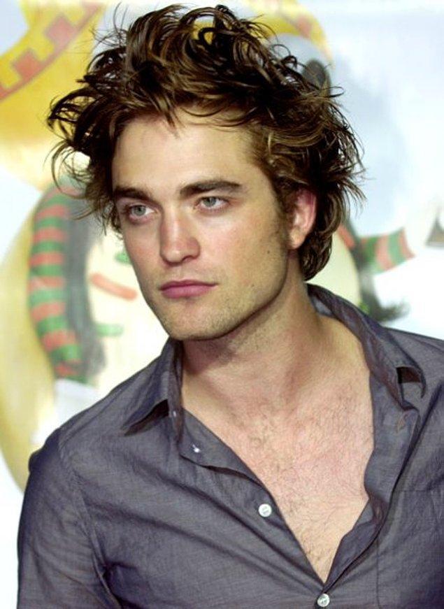 1. Robert Pattinson'ın yağlı gibi görünen saçlarının sırrı çözüldü: Yıkanmaması!