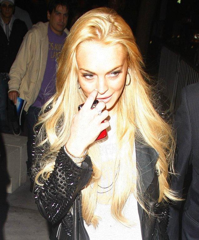 4. Skandallar kraliçesi Lindsay Lohan'ın kötü alışkanlıklarını ise say say bitmez!