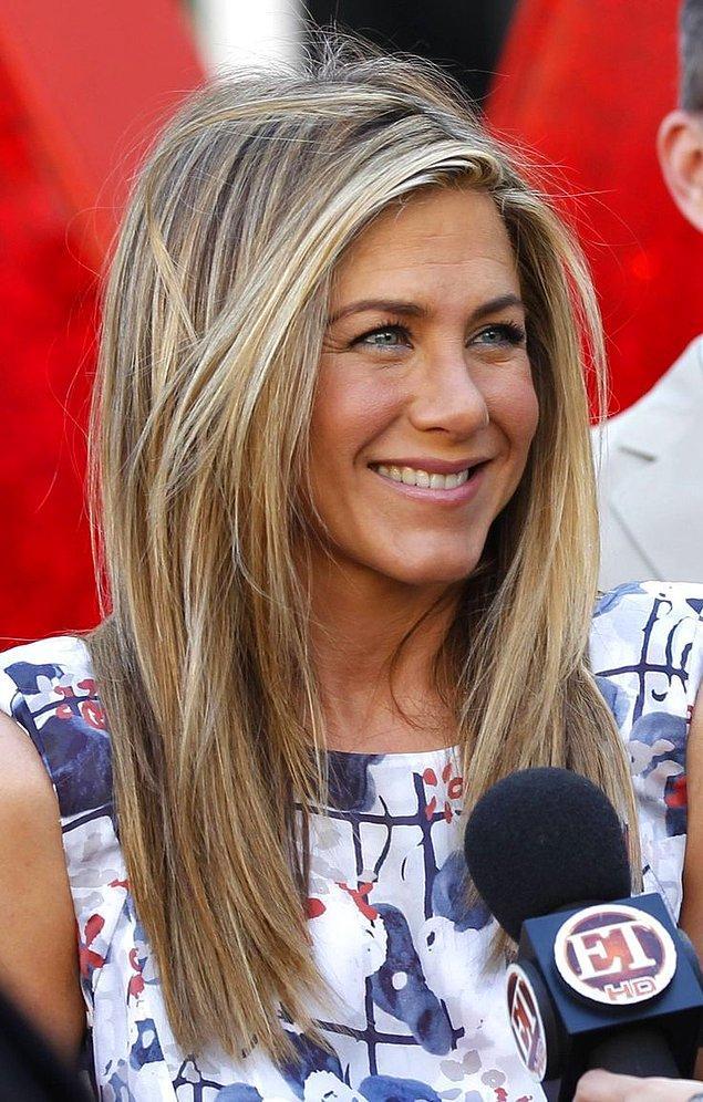 7. O güzel gülümsemesi ile gönüllerimizi fetheden Jennifer Aniston, meğer biraz pismiş!