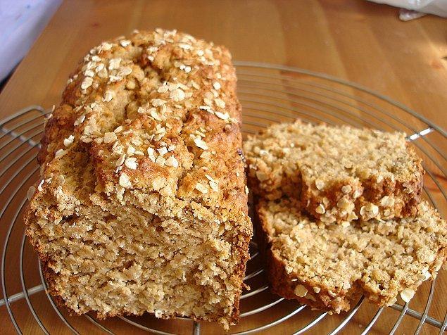 12. Kek gibi sağlıklı ekmek diye buna denir.