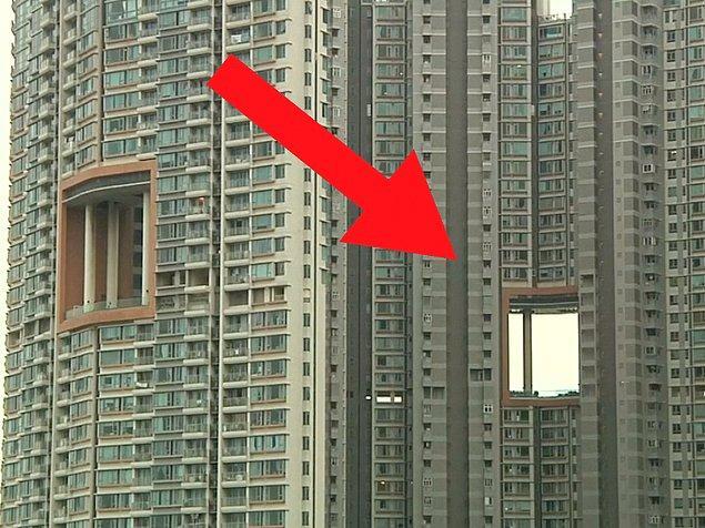 Hong Kong'da , -Çin'de de örneklerine rastlanabiliyor- bazı gökdelenler devasa delikler barındırıyor.