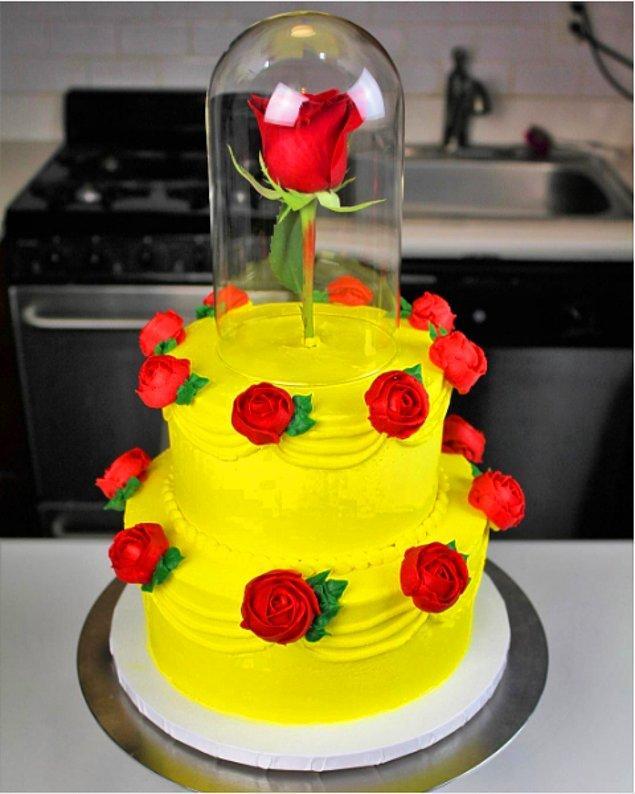 """5. """"Güzel ve Çirkin"""" pastası"""