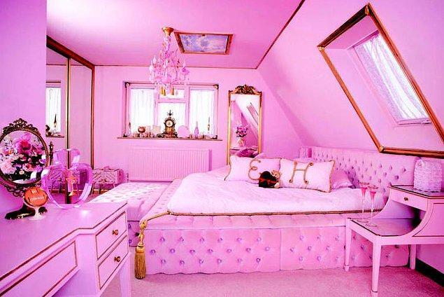 Şu yatak odasına bir bakın!