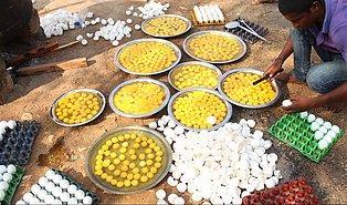 Hayat Mükemmel Değil Ancak O Kadar da Kötü Değil: 1000 Yumurta Pişirip Dağıtan Güzel İnsanlar