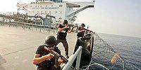 Somalili Korsanların Kargo Gemisini Ele Geçirmelerine İzin Vermeyen Güvenlik Güçleri