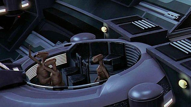 20. E.T.'nin uzaylı türleri, Bölüm I: Gizli Tehlike'de göze çarpıyor.
