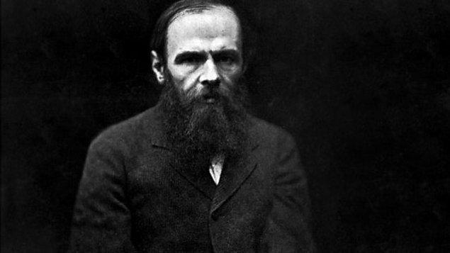 """2. Peki, hangisi Dostoyevski'nin """"Budala"""" isimli romanının baş karakteridir?"""