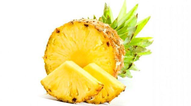 4. Ananas suyu meniye tadını verir.