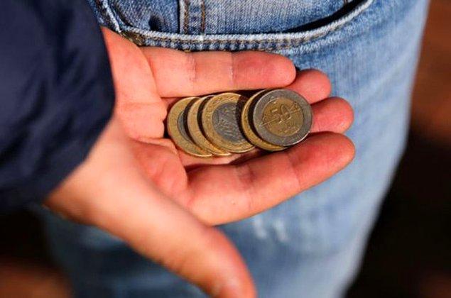 Dört kişilik bir ailenin yoksulluk sınırı ise 5 bin liraya yaklaştı.