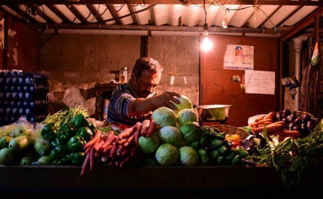 3. Sebze Satıcısı/Aşçı