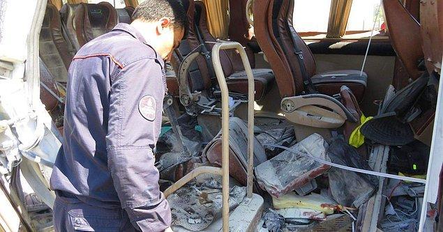 Olaya, çantanın içindeki zaman ayarlı el yapımı patlayıcının neden olduğunu belirleyen ekipler, öğrencilerin ve servis şoförünün ifadesine başvurdu.
