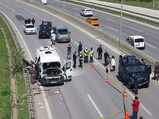 Polisin olay yerinde yaptığı ilk incelemede, servis minibüsünde çok sayıda çivi bulduğu bilgisi basına yansımıştı.