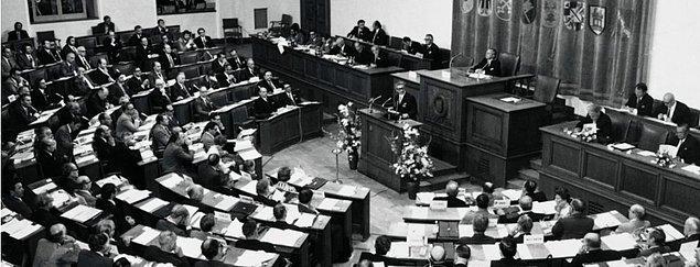 3. Türkiye de söz konusu anlaşmaya 1949 yılında imza attı ve kurucu üyeler arasında sayıldı.