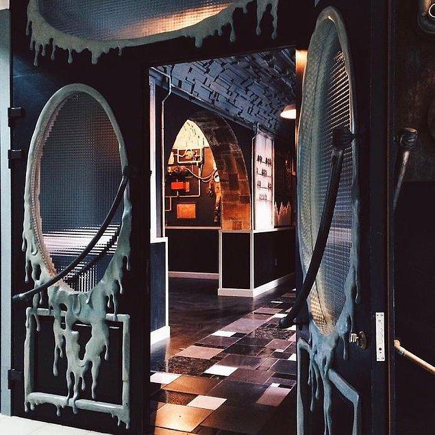 Black Bar kapılarını artık tarih meraklılarına açmaya hazır.