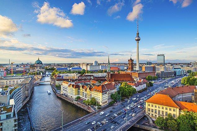 8. Berlin, Almanya