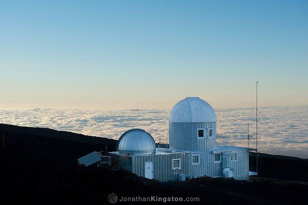 Geçtiğimiz Salı günü, Hawaii'deki Mauna Loa Gözlemevi, atmosferdeki karbondioksitin insanlık tarihinde şimdiye kadar kaydedilenin en yüksek seviyeye ulaştığını tespit etti.