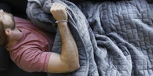 Bilim İnsanlarından Çılgın Tasarım: İnsanı Stres ve Anksiyeteden Arındıran Battaniye!