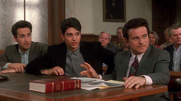 2. Kuzenim Vinny (1992)   IMDb 7.5