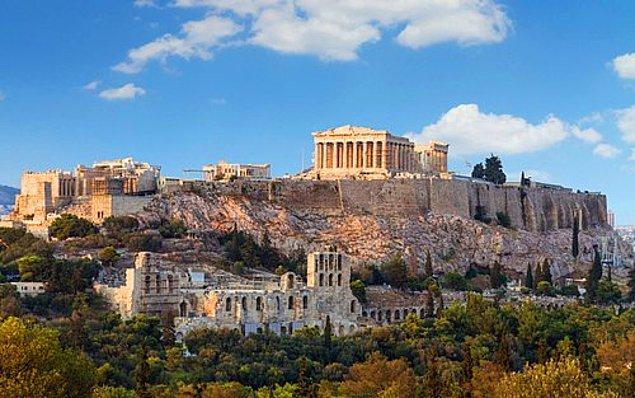 10. Antik Yunan'da doğmak ve ölmek yasalara aykırıdır.