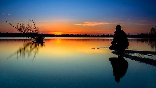"""9. """"Ruh, her zaman kendini nasıl iyileştireceğini bilir. Yapmamız gereken tek şey ise zihnimizi susturarak buna izin vermektir."""""""