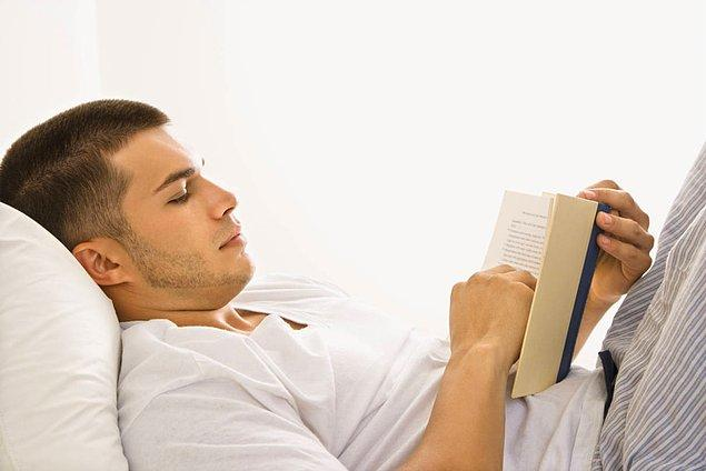 7. Yatakta kitap okuma alışkanlığı olan kimselere librokubikularist deniyor.