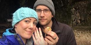 1 Yıl Boyunca Nişan Yüzüğünü Farkında Olmadan Boynundaki Kolyede Taşıyan Şanslı Kadın!