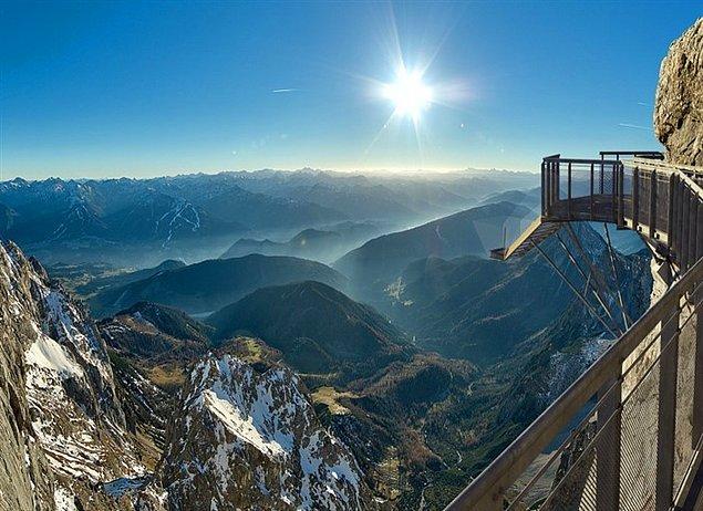 6. Avusturya