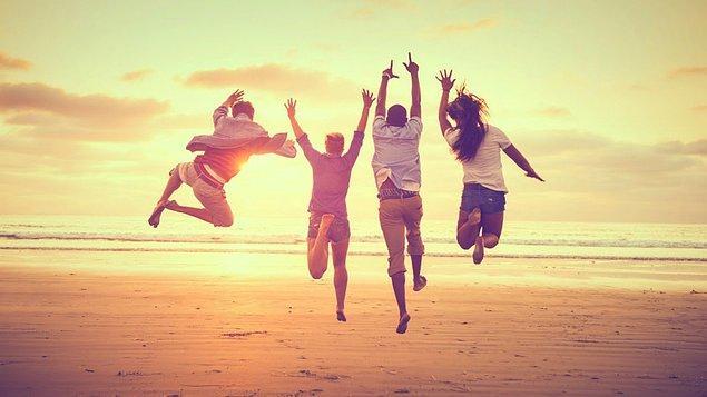 Verilere göre gençlerin yüzde 65,1'i mutlu...
