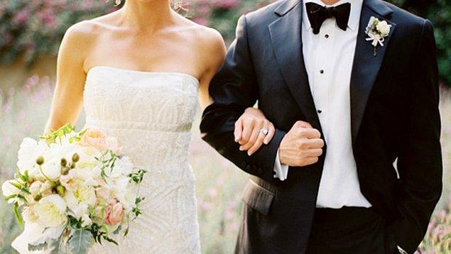 Genç kadınlar görücü usulü ile, genç erkekler kendi kararıyla evlendi