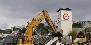 Çıkarma Gemisiyle İş Makinesi Getirildi: Galatasaray Adası'ndaki Yıkım Sosyal Medyanın Gündeminde