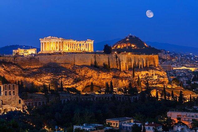 5. Atina, Yunanistan