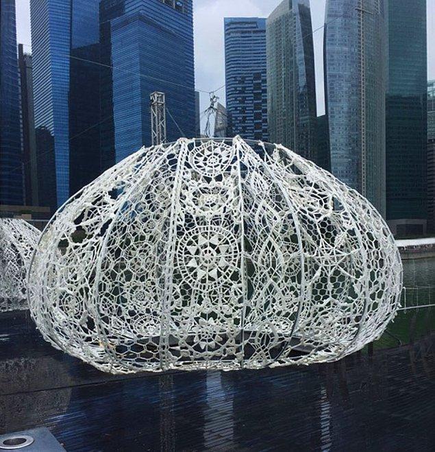 Enstalasyonları yapanlar Londra ve Seoul'da çalışan Choi+Shine Architects mimarlık kolektifi.