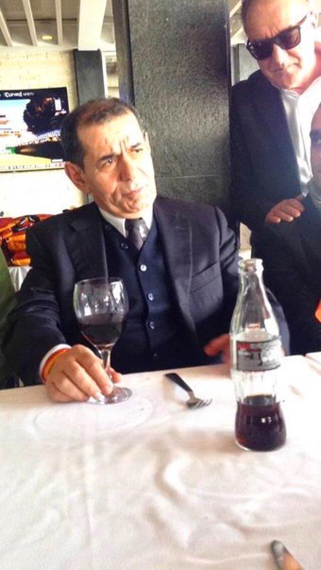 """9. İki sezon boyunca bütün derbilerden önce """"Bu derbiyi kazanacağız!"""" diyen Dursun Özbek yönetimi, iki sezon boyunca hiçbir derbiyi kazanamayıp saç baş yoldurdu."""