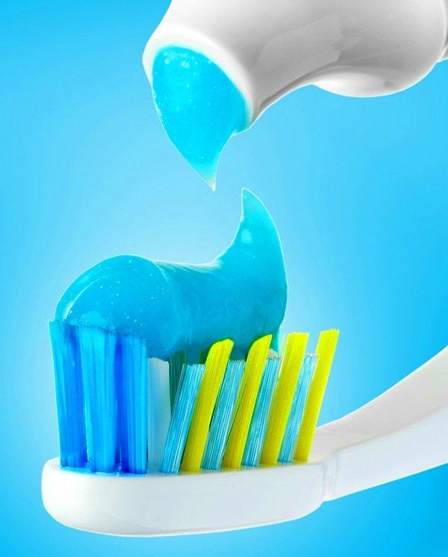 16. Diş çukurlarını iyileştiren diş macunu.