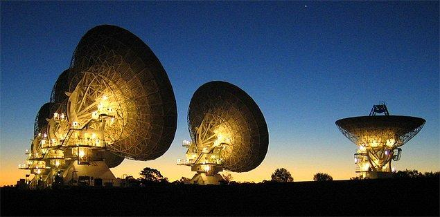 Fakat öncesinde gelin bu sinyalle alakalı oluşan gizemin nedenlerine ve arka planına bakalım.