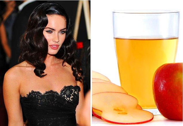 6. Megan Fox formunu korumak uğruna midesini feda ediyor ve her gece yatmadan önce bir bardak elma sirkesi içiyor.