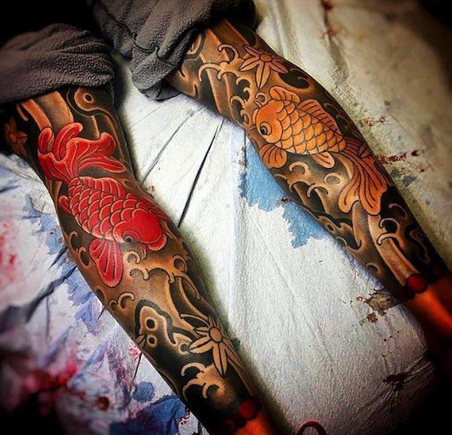 Sanatçıların 19. yüzyılda denizcilere dövme yapması, dövmelerin ününü hızla yaymaya başladı. Çünkü sanatçıların eserleri ve onlara eşlik eden kültürel motifler, semboller ve stiller tüm dünyada sergileniyordu bir nevi.