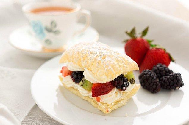 10. Şerbetli tatlılardan içi bayılanlara.