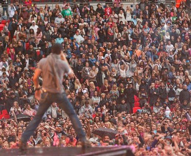 14. Wembley Stadyumu'nu dolduran tek sanatçı