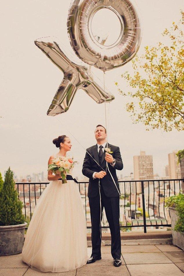 Tasarımcılar konsept bir şekilde düğününüze özel balonlar tasarlıyor.